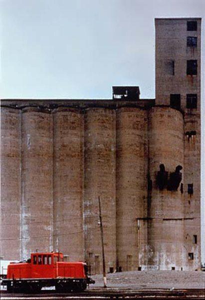 buffalo-grain-elevators-3
