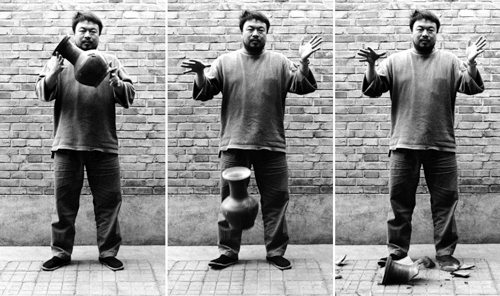 Ai-Weiwei-Dropping-a-Han-Dynasty-Urn-1995-web_