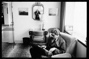Leonard Cohen, por Dominique Issermann
