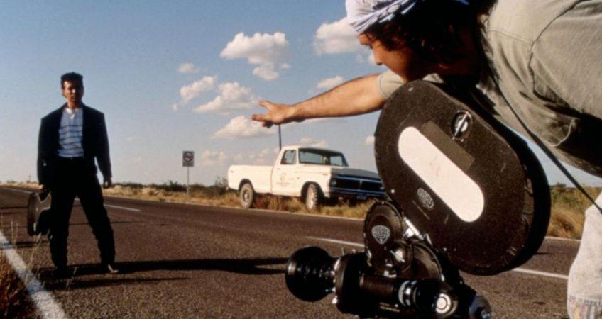 EL MARIACHI, Carlos Gallardo, director Robert Rodriguez, on set, 1992. ©Columbia Pictures